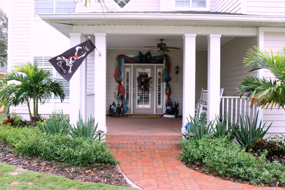 Gasparilla Decor for Your Entranceway